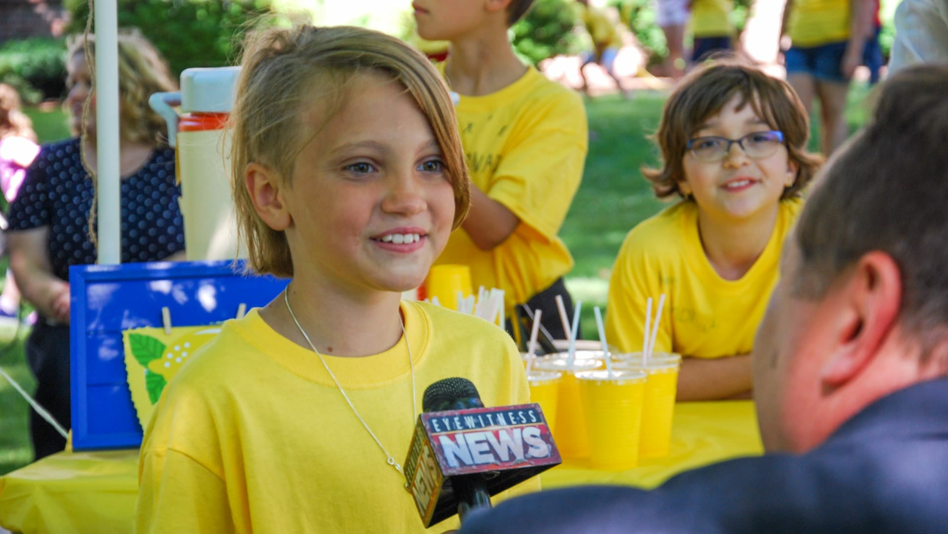 Student in summer explorations program on news for lemonade stand