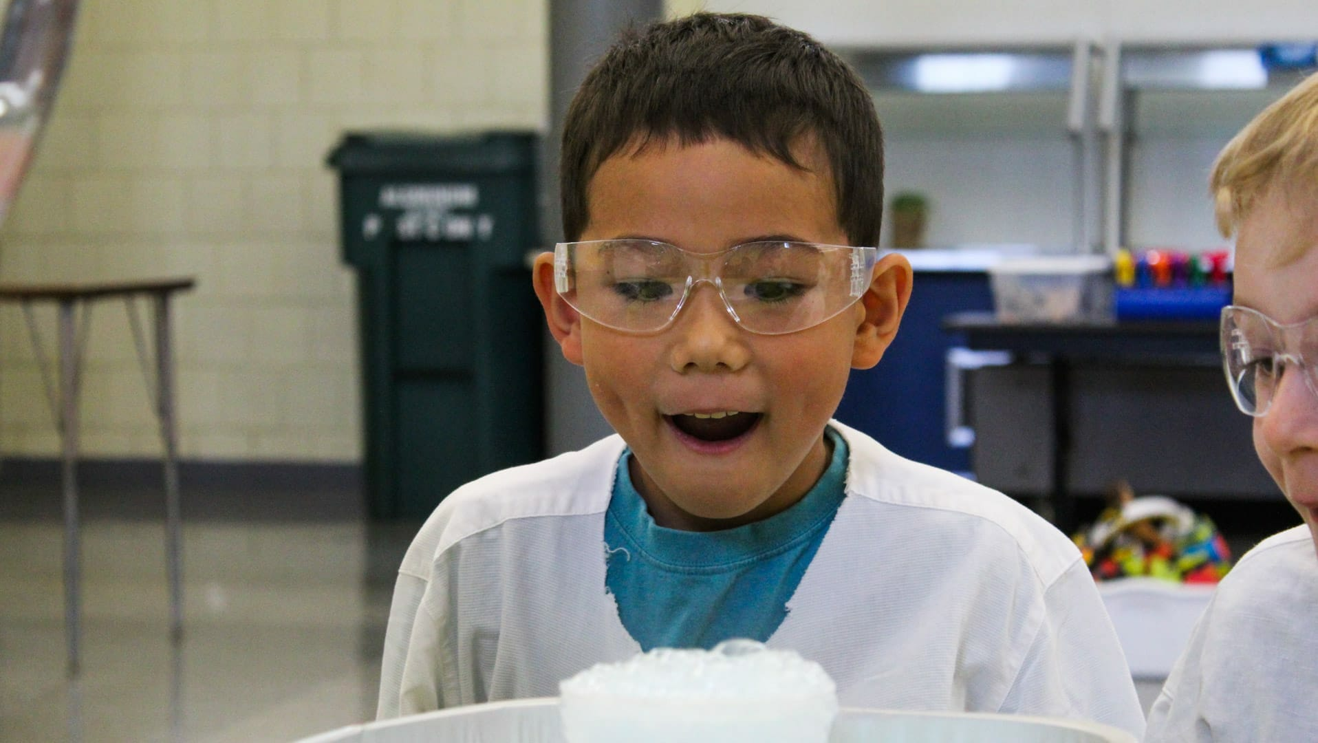 Student in summer explorations program at STEM